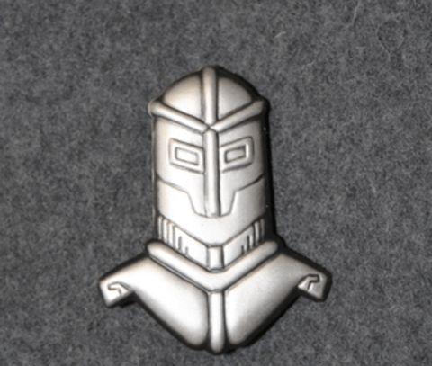 Finnish Armoured Brigade beret badge.