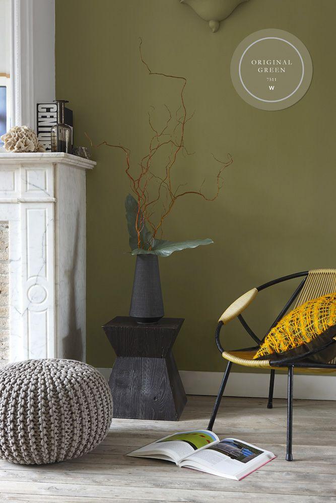 The Color Collection, onze kalkmatte muurverf, bestaat uit prachtig, vergrijsde kleuren en is verkrijgbaar bij de bouwmarkt. Deze warme groen is spannend door het beetje geel dat eraan is toegevoegd.