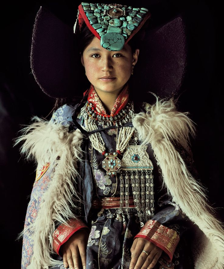 BEFORE THEY PASS AWAY - Jimmy Nelson's photogrpahy - http://www.beforethey.com/tribe/ladakhi  The exquisite beauty of this totally unaffected young woman in her youth.  Her inner strength shines through
