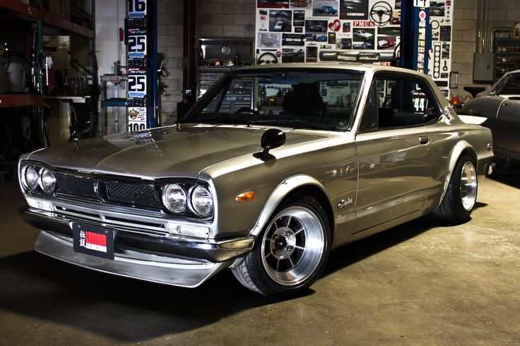72' Nissan Skyline - too good.