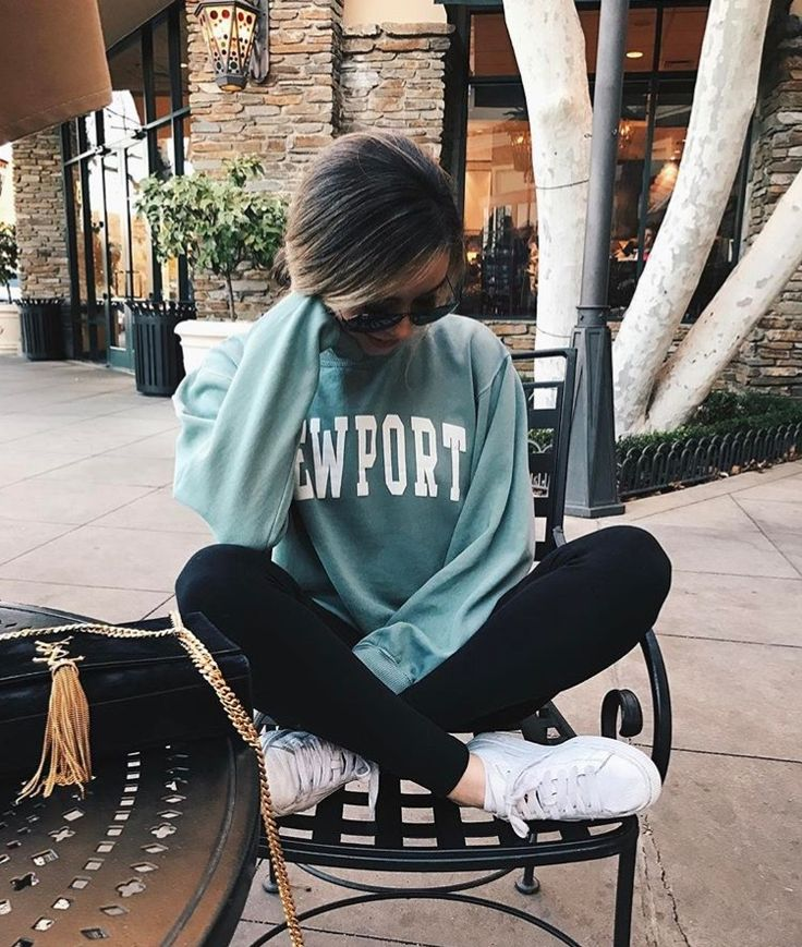 Newport Sweater Sweatshirt Outfit Brandy Melville
