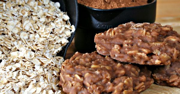 Easy Dessert Recipe: No-Bake Chocolate Oat Cookies | 12 Tomatoes