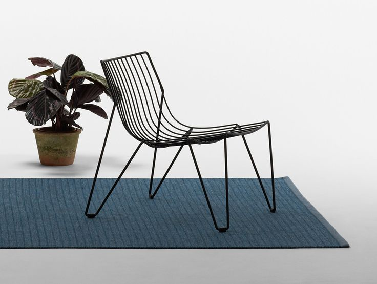 Tio Easy Chair by Massproductions in Black