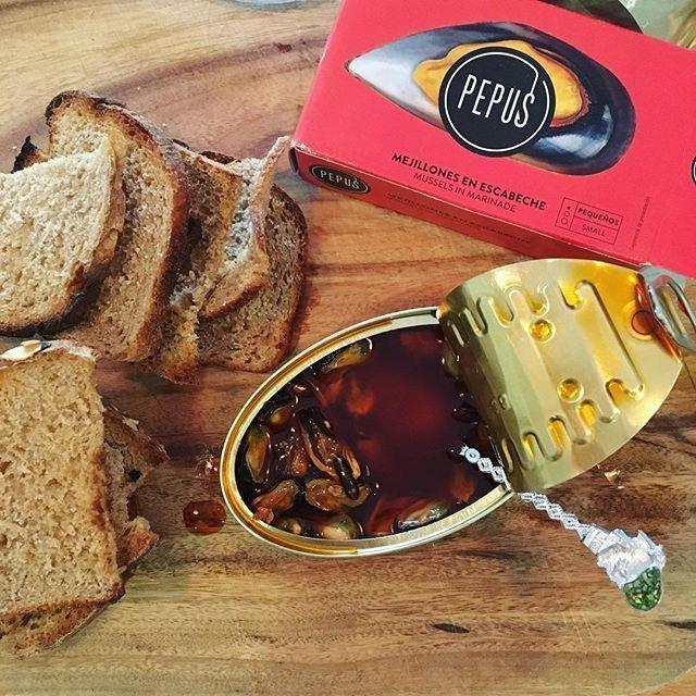 Pepus Mussels & Wild Oats Pnatry Bread