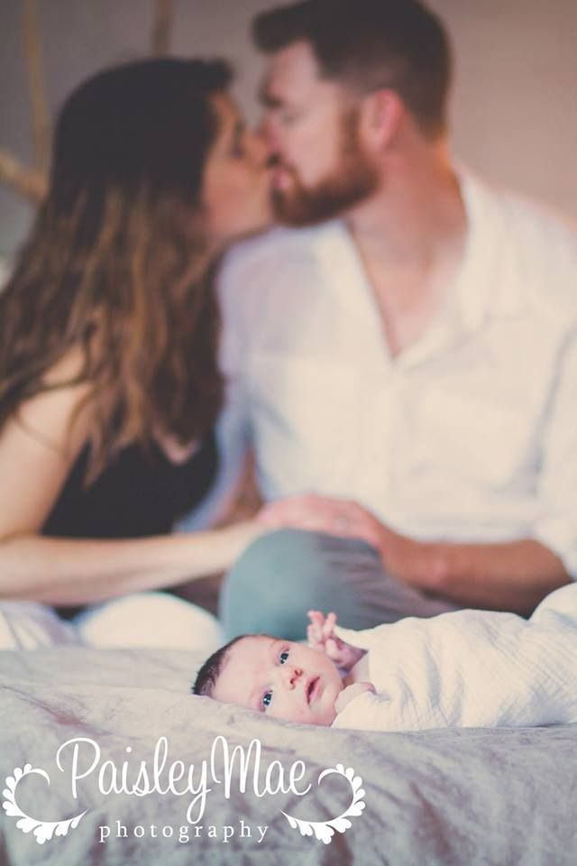 Cute lifestyle newborn photography