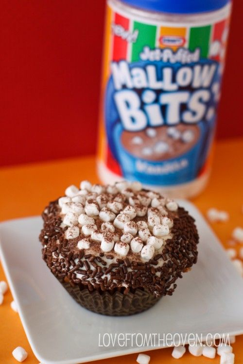 Hot Cocoa Cupcakes With Marshmallow Buttercream Frosting ...