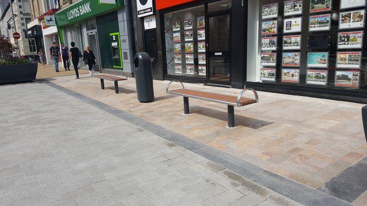 Burnley Town Centre - HC2023 Bench