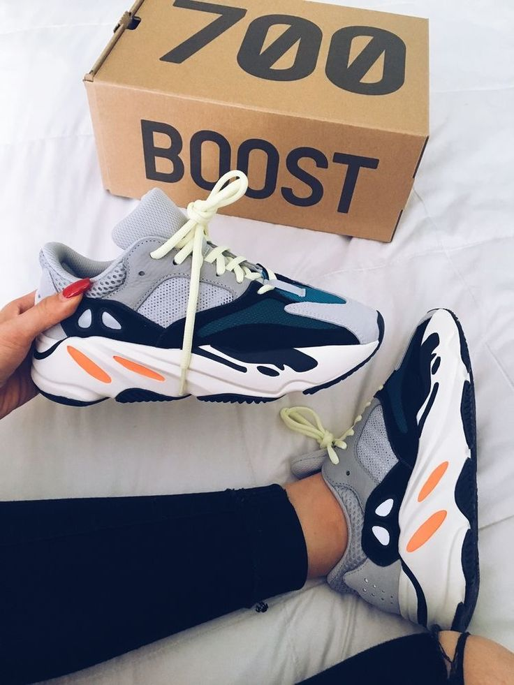 Adidas Yezzy Boost 700, the new sneaker that is the fashion obsession of …   – Schuhe