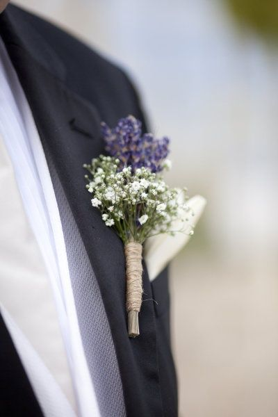 Lavender and Babys Breath boutonniere - tied with jute..... Cute idea !!
