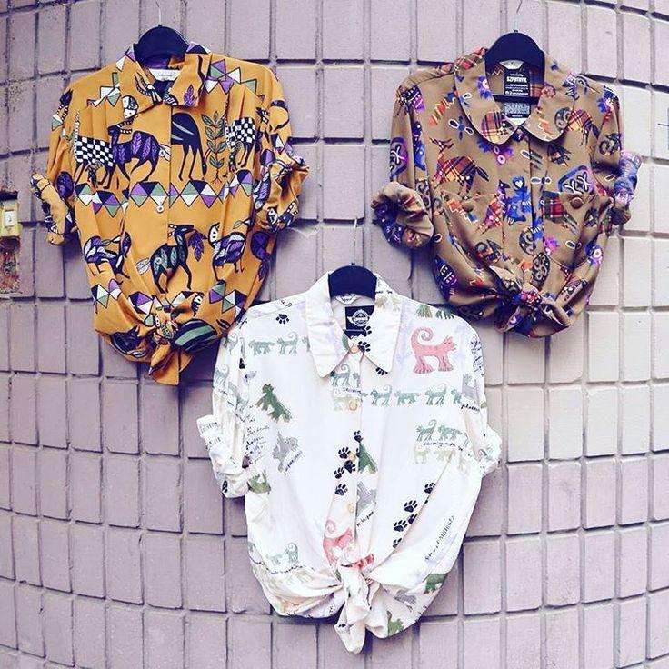 Tribal animals   unique pattern vintage blouse szputnyikshop wildlife