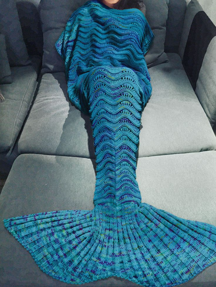 Comfortable Multicolor Knitted Mermaid Tail Design Blanket For Adult