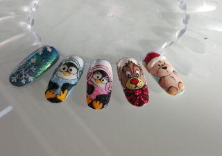 Pokaż swoją zimową stylizację paznokci i wygraj nagrody!. Podejmij wyzwanie i stwórz własną stylizację paznokci zainspirowaną zimą. <br /> <br />Osoba, której propozycja stylizacji zdobędzie największą ilość głosów otrzyma zestaw nagród od Indigo. Do wygrania m.in.:  <br />-balsam duży do ciała,  <br />-3 mini hybrydy,  <br />-gel Brush Look 5ml, <br />-gel Wet Look 5ml.  <br /> <br />Kompletny zestaw można zobaczyć w zakładce 'nagrody'.