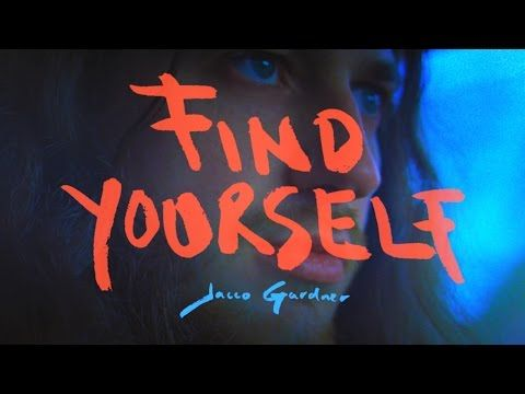 Jacco Gardner – Find Yourself (OFFICIAL VIDEO) - YouTube