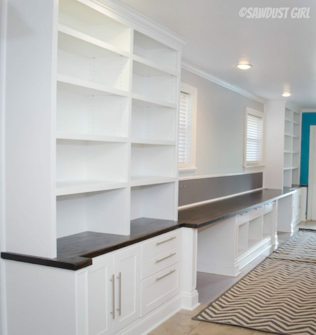 Built-in Office Suite. This looks amazing!!!! If only I had a room to put an office like this in!