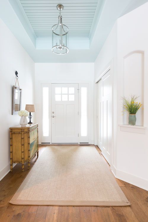 305 best fab foyers images on pinterest beach houses for Couloir turquoise