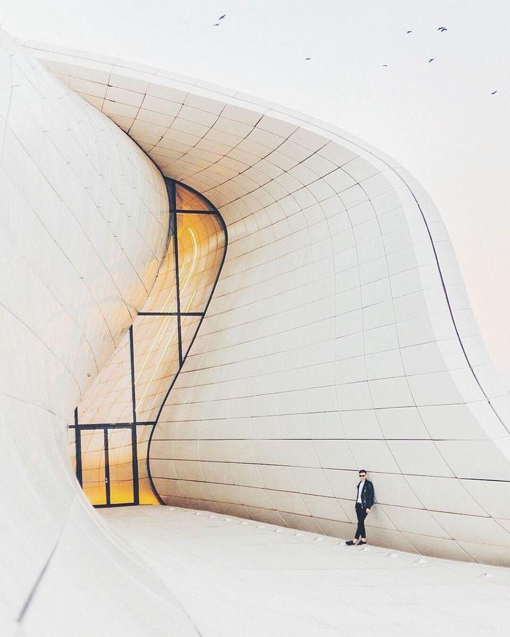 Zaha Hadid Baku Alexander Lygin @twistflip #dcnphotography #zahahadid #dcnarchitecture