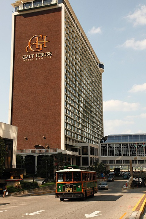 Galt house hotel louisville ky louisville kentucky for Honeymoon suites in louisville ky