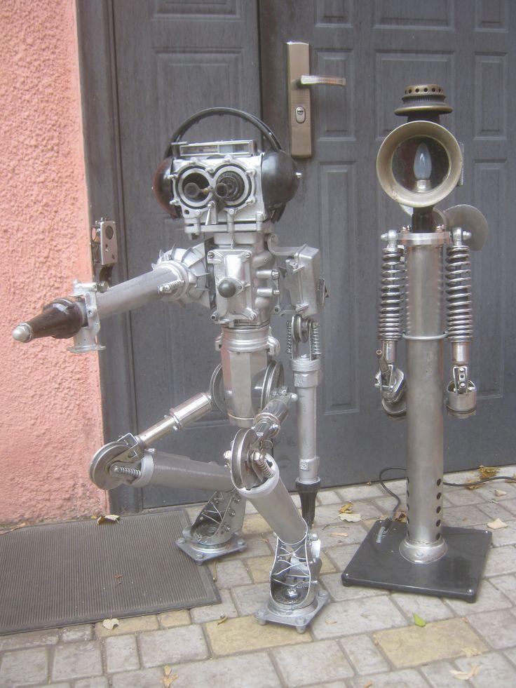 Скульптура из металла,роботы Н=98 см