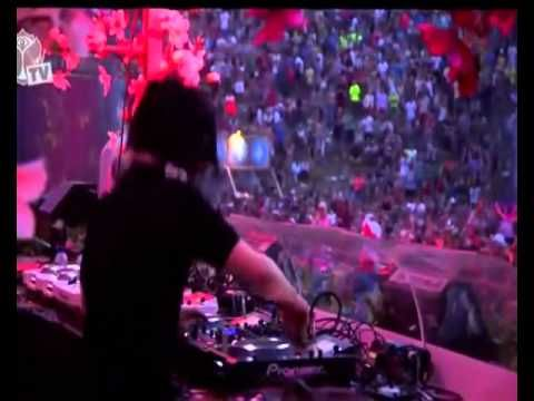Skrillex tomorrowland