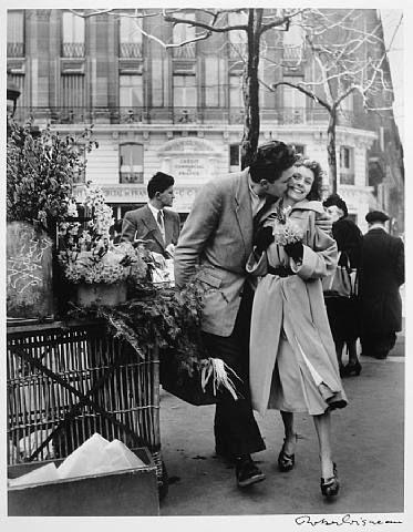 Les Amoureux aux Poireaux, 1950 © Robert Doisneau