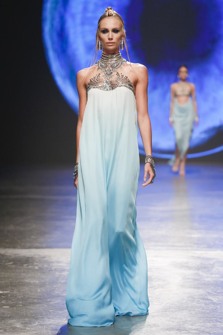 Dany Tabet Fashion Show - Dubai Fashion Week Spring Summer Collection 2016