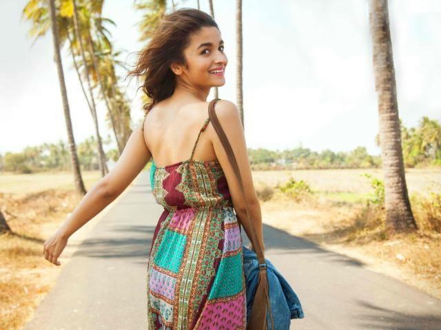 Download Alia Bhatt Dear Zindagi Wallpaper Indian Celebrities