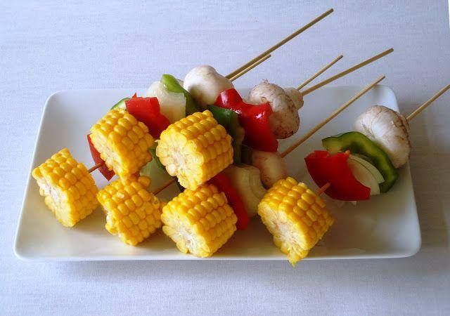 Lekker bbq recept is een groente spies met maïs en paprika.