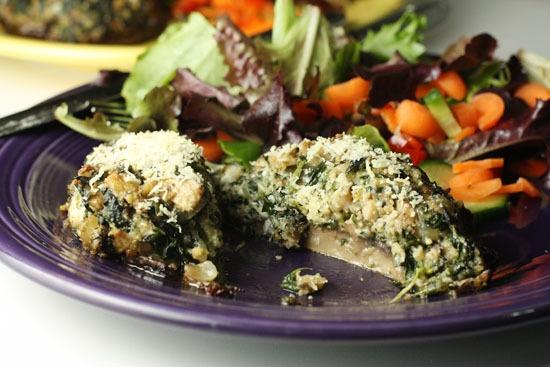 When To Use Fresh/Frozen Spinach  Stuffed Portobellos - delish  #holidayentertaining and #huffposttaste.
