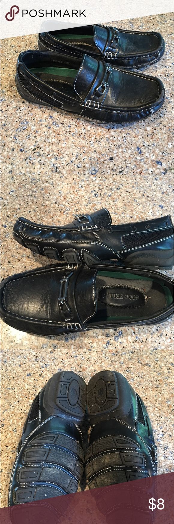 Boys Dress Shoes Goodfellas Size 1 Black Dress shoes in used condition. They have a spot on the toe that is damaged but other than that they are in Great used condition. These are so comfortable! Shoes Dress Shoes