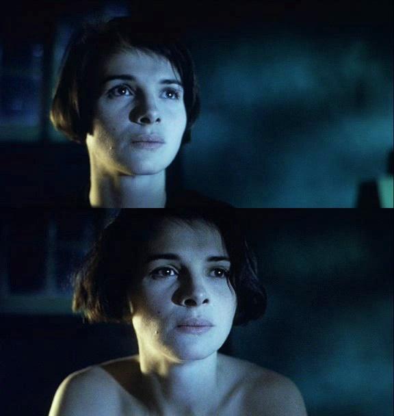 """""""Blue"""", (Juliette Binoche). in the first film of the Three Colors trilogy. Director: Krzysztof Kieslowski (1993)"""
