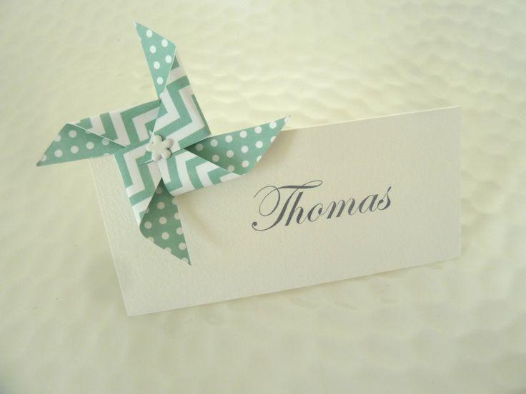 Marque place moulin à vent en origami à motif pois chevron vert menthe pour décoration de table mariage - baptême : Cuisine et service de table par papierelief