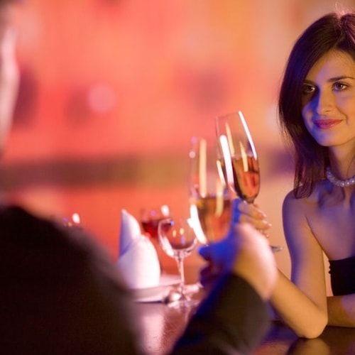 Come sedurre un uomo in 10 mosse - Primo appuntamento in vista? Seguite i nostri consigli (quasi) infallibili per fare colpo...