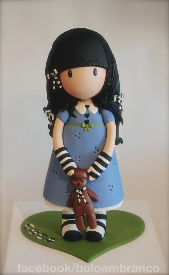 Images dolls personajes on cakes