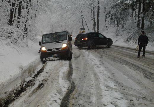 Jó sok hó hullott Romániában http://ahiramiszamit.blogspot.ro/2017/10/jo-sok-ho-hullott-romaniaban.html