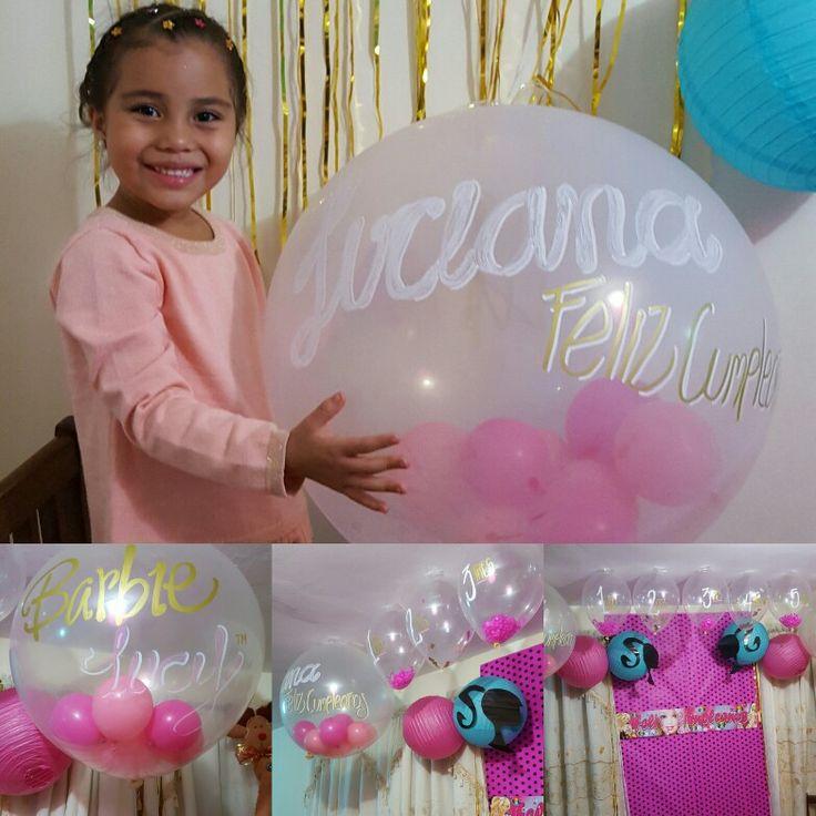 El cumple de Luciana estuvo lleno de Barbies en  transparencias que se convertían en piñatas garantizando la diversión.