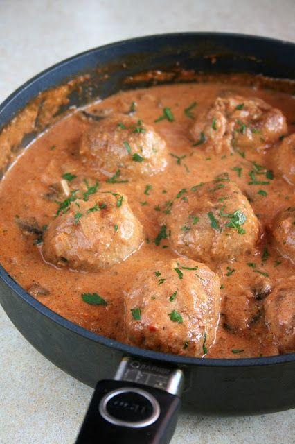 Klopsy duszone w sosie pomidorowym | sio-smutki! Monika od kuchni