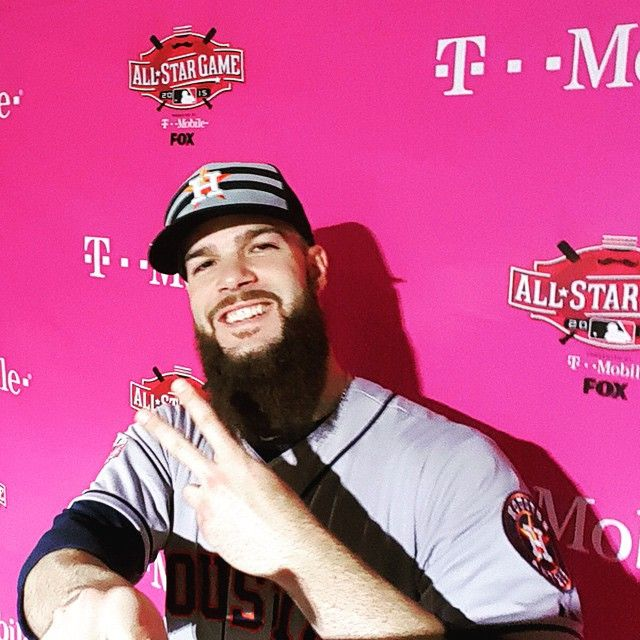 After his strong start, Dallas Keuchel strikes a pose with #SnapBat in the #ASGLounge presented by @TMobile.