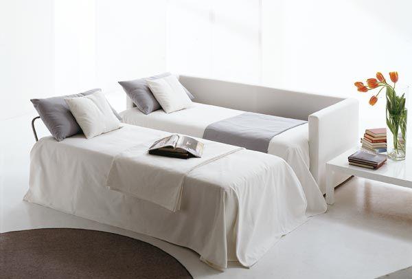 1000 id es sur le th me deux lits jumeaux sur pinterest for Salon qui se transforme en chambre