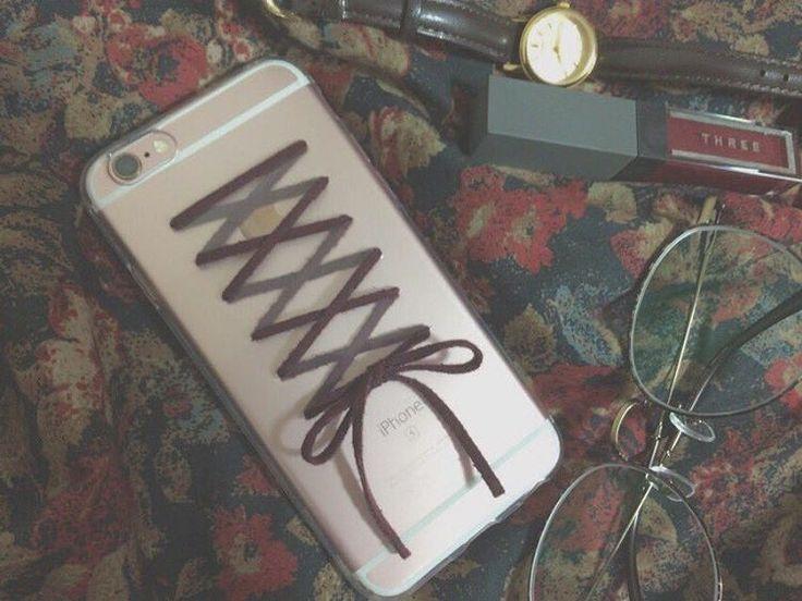 お気に入りのケースはDIYで。レースアップiPhone&スマホケースの作り方♡ MERY [メリー]
