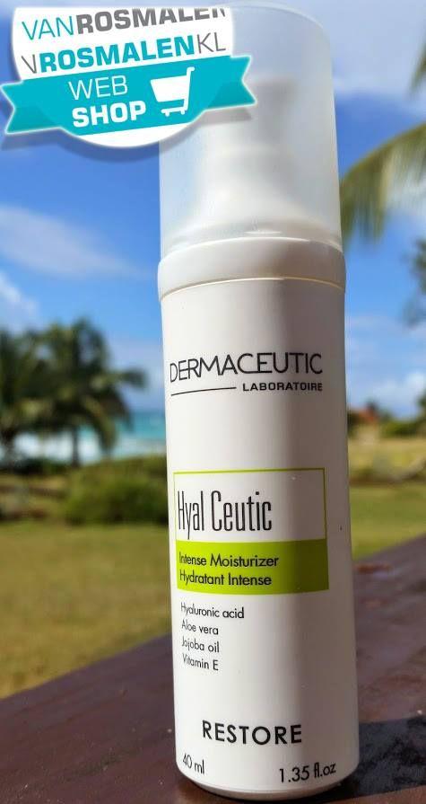 Hydrateren. .... Dermaceutic Hyal Ceutic is een hydraterende dagverzorging.   Deze satijnzachte crème beschermt de huid met een hydraterende barrière tegen uitdroging en aantasting van buitenaf. Naast de beschermende werking bevat Dermaceutic Hyal Ceutic ook intensieve anti-aging ingrediënten en hyaluronzuur (5,5%).