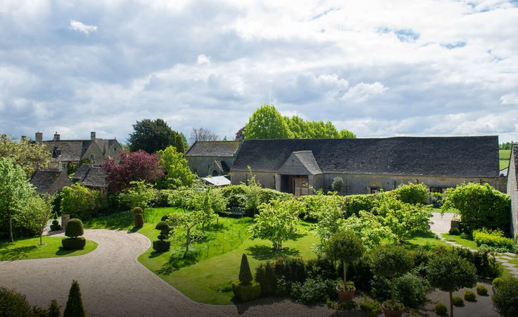 Boutique luxury hotel, cookery schools and event spaces in the Cotswolds. Discover Thyme today.