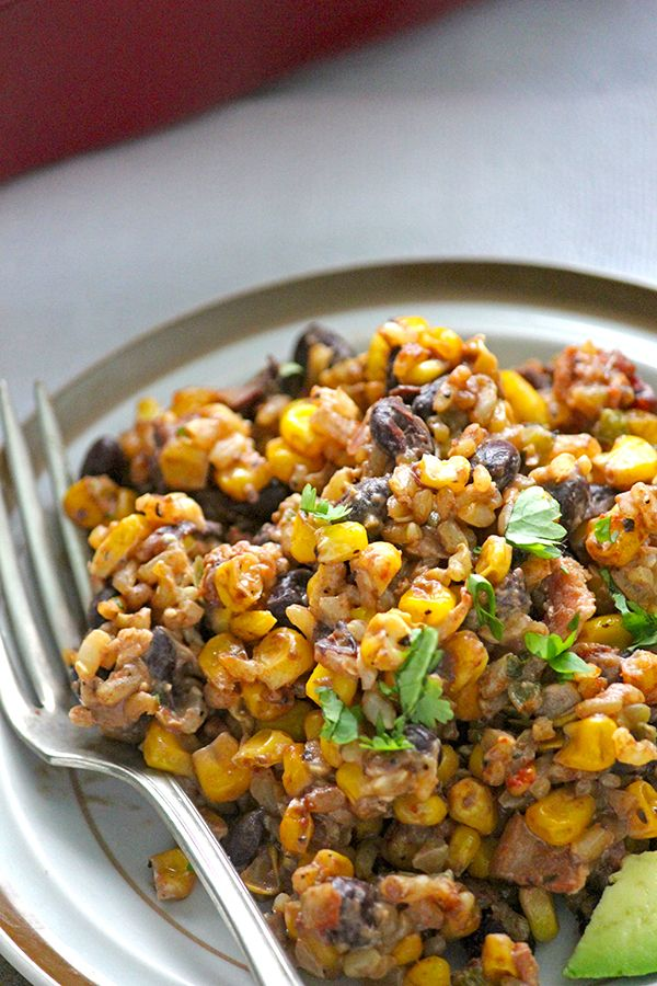 This Healthy Black Bean Casserole is the best combination of a salad + casserole ever made!! I'm not sure what might be wrong with the link, here it is: http://simplegreenmoms.com/healthy-black-bean-casserole/