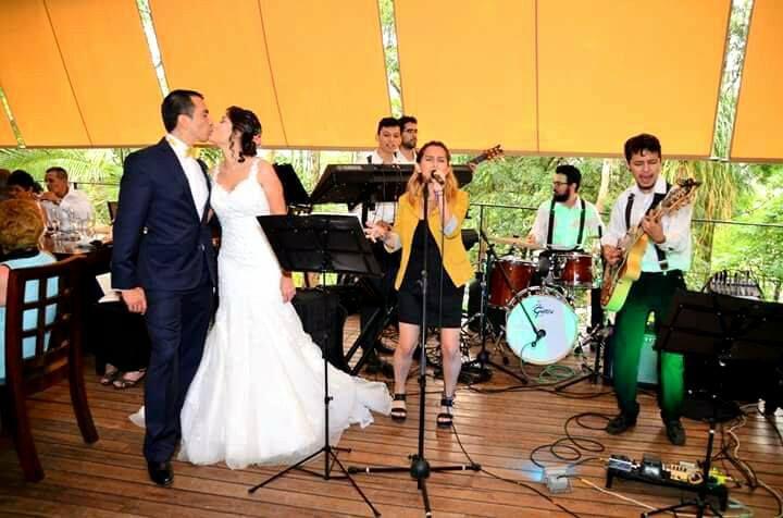 En el salón Tailandés de Angus Brangus Parrilla Bar  podrás celebrar tu boda con el mejor estilo cultura oriental; diseño rústico y en madera, ventilación natural y ambiente romántico.   Más información: 2321632 ext. 101. comunicaciones.angus@gmail.com  #Bodas #Medellín #AngusBrangus #Restaurantesparabodas #colombia Matrimonio.com.co   #celebraciones #momentosangusbrangus