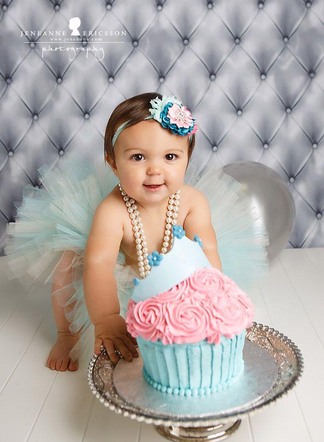 Princess Giant cupcake  Miss A is one – Santa Rosa Cake Smash Photographer » Jeneanne Ericsson Photography
