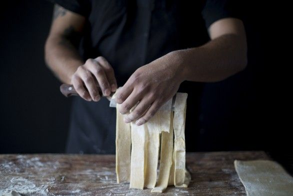 Italian food: pasta making. Paula zuvic, food photography, food styling.