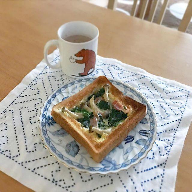 おはようございます( ᵕᴗᵕ )微妙な仕上がりの#キッシュトースト  です(꒪ȏ꒪)またいつかリベンジしよ💪写真も上手く撮れてないし😫 #朝#朝食#朝時間#朝ごぱん#朝ごパン#朝パン#おうちごはん#おうちカフェ#モーニング#🍞#パン#breakfast#リアル朝ごはん#料理#デリスタグラマー#刺し子