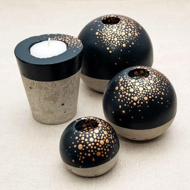 Kerzenständer Sternenstaub aus Beton mit gold // …