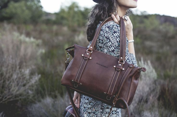 A vintage collection of handmade leather bags. Purely South African, minimalistic and durable.
