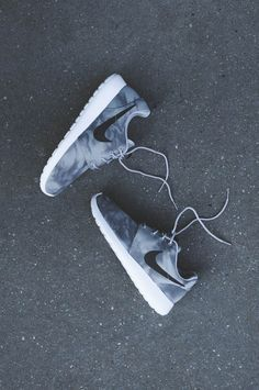 Nike Roshe Run Electric Grey