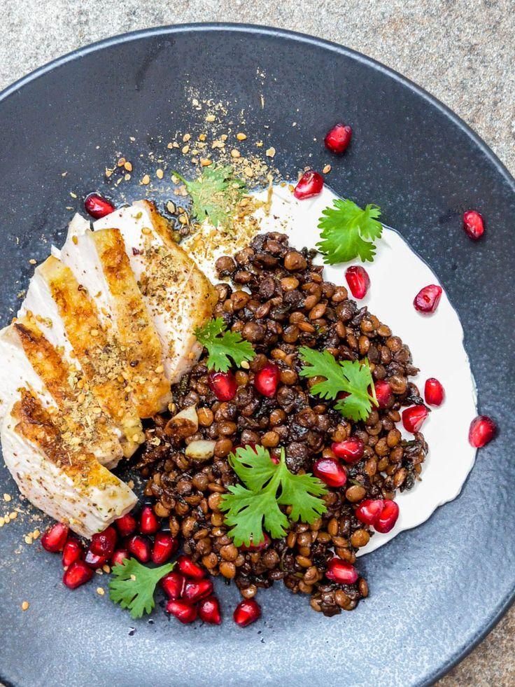 Kylling med syriske linser, labneh og za'atar - oppskrift / Et kjøkken i Istanbul